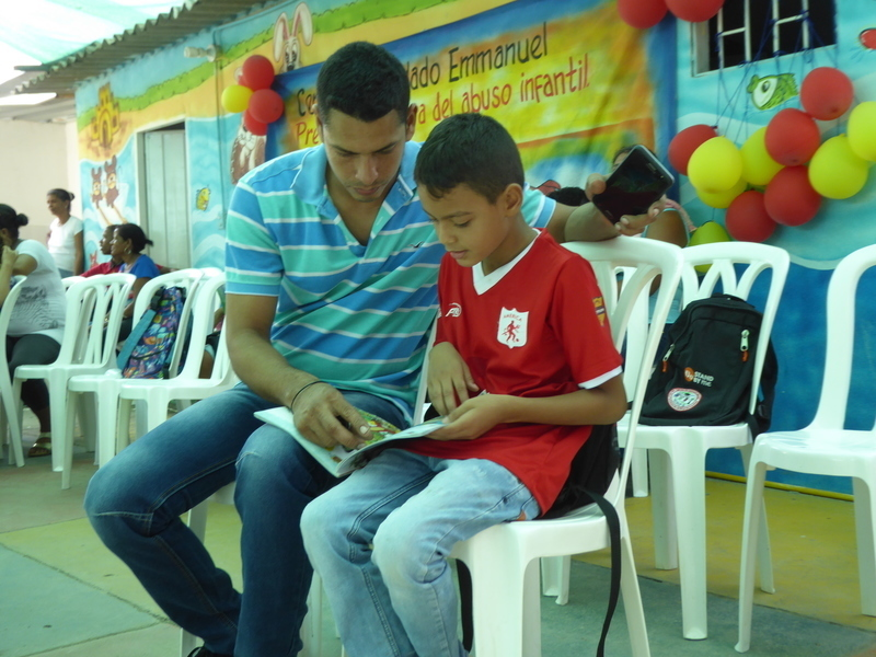 Building  strong families in Colombia