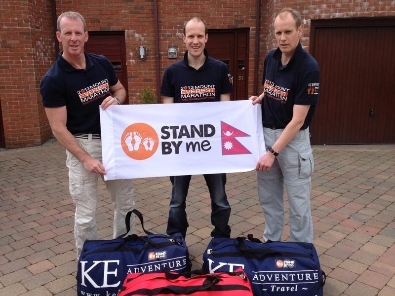 Everest Team depart